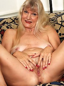 Russian experienced dame in ideal shape