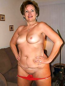 Enchanting older moms baring it all on picture